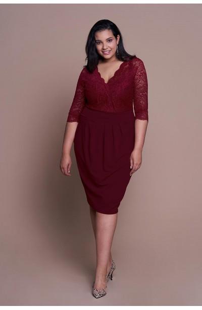 CARMEN WINE elegancka sukienka plus size z koronką