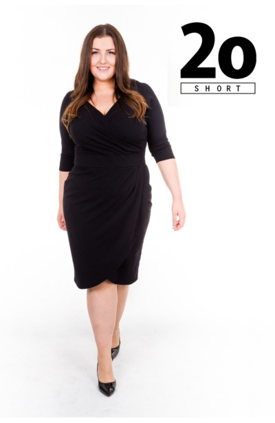 MONIQUE BLACK SHORT dopasowana sukienka plus size