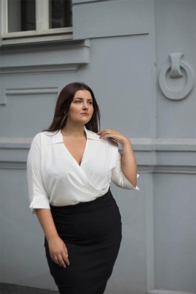 WING WHITE koszulowe body plus size