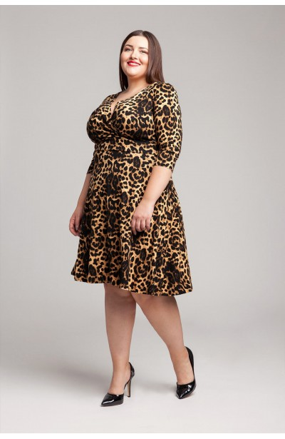 MALIKA rozkloszowana sukienka plus size w panterkę