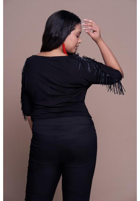 INDIE BLACK modna bluzka plus size z frędzlami