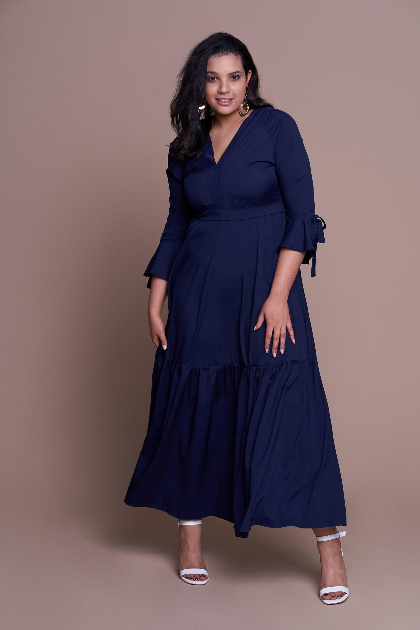 FLORENCE NAVY długa suknia plus size na wiosnę